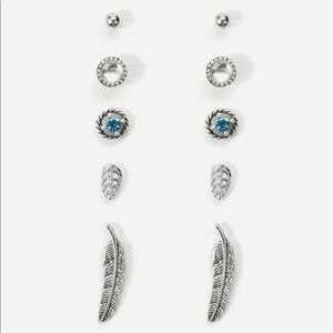 Feather and Leaf Detail Stud Earrings (new/5pairs)
